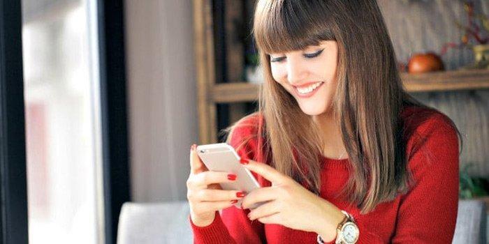 Kıza İlk Mesaj – Buluşma Garantili 8 Mesaj Taktiği